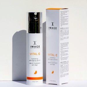 NEW N BOX Image VITAL C hydrating anti-aging serum